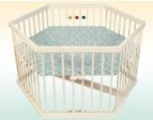 Kidsmax Laufgitter Laufstall Sahra 6-Eck weiß lackiert inkl. Spielkugeln Polsterboden, Schlupfsprossen, Höhenverstellung und Rollen